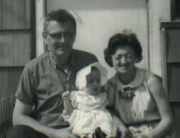 baby me with ma and dad