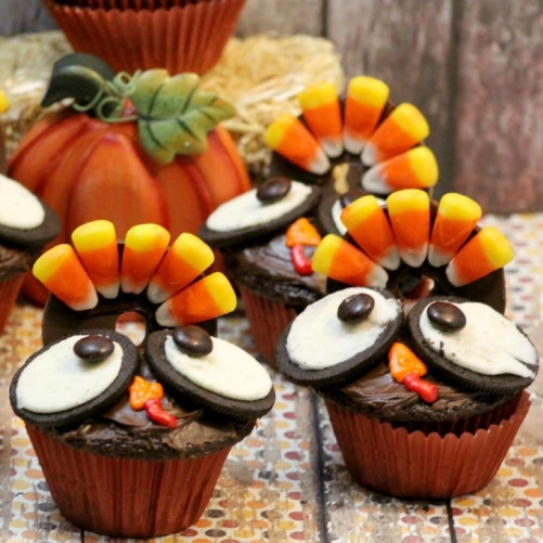 Oreo_Turkey_Cupcakes.jpg